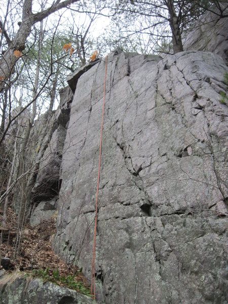 Rock Climbing Photo: Left angle crack. Goes straight up near the top.