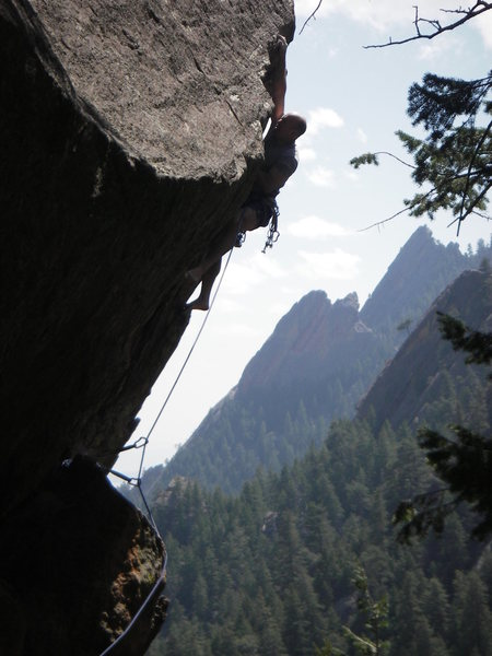 Rock Climbing Photo: Runout to the lip.