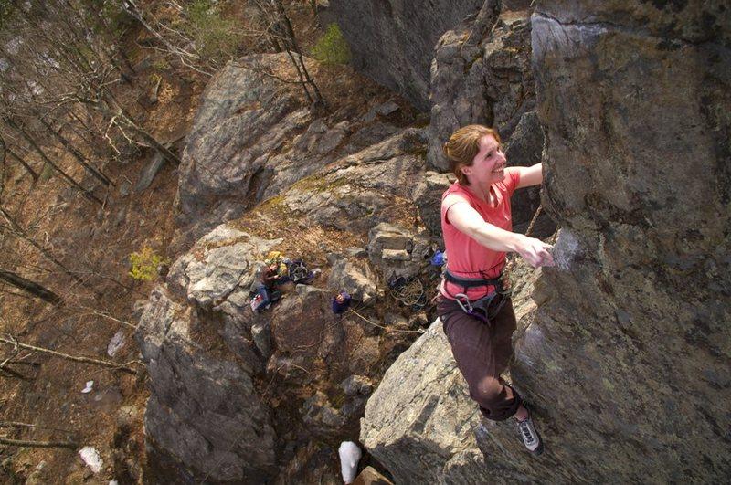 Rock Climbing Photo: Jenn Jones on Wild Blue Yonder, Rumney, NH
