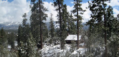 Rock Climbing Photo: Cabin seen from the Woodland Trail on a wintery Sa...