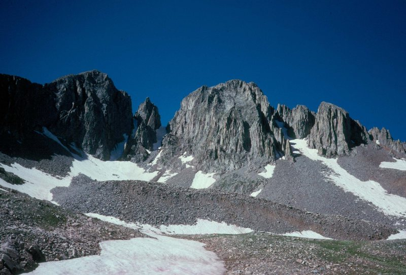 The 4 summits of Babcock Peak from Tomahawk Basin.