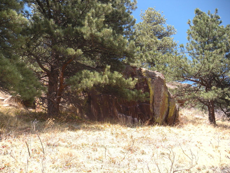 Rock Climbing Photo: Dobkin Boulder from the South.