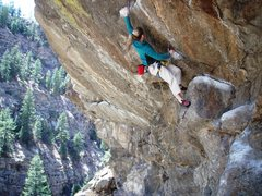Rock Climbing Photo: Laura Kimbel going for it...despite being only 5 f...