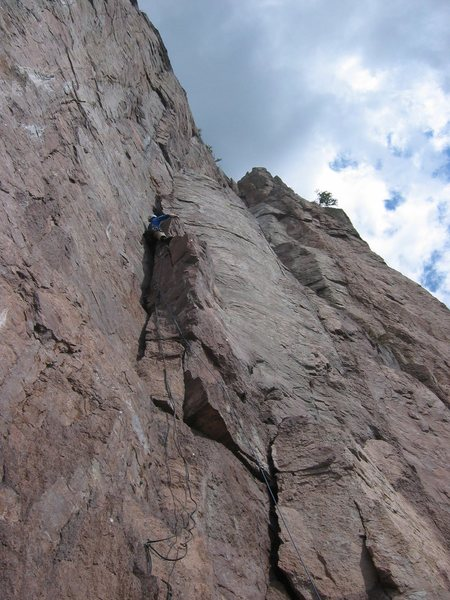 Matt Johnson on first pitch of &quot;Danger High Voltage&quot; at Palisade Head, MN.<br> Photo by: Mark Machacek