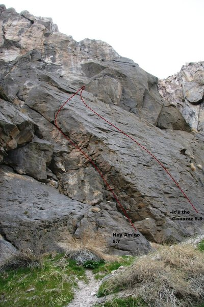 Rock Climbing Photo: Triple Play Cliff - Right Topo