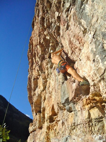 Seconding an enjoyable warmup on this STEEP wall.