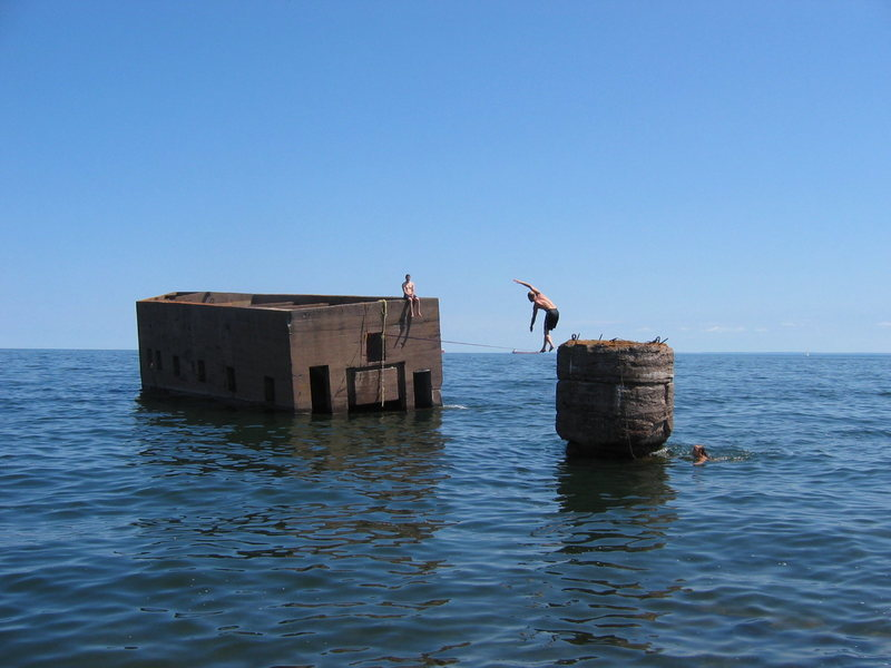 "Matt Johnson slacklining the ""Ice Box"" just off of Canal Park in Duluth, MN."