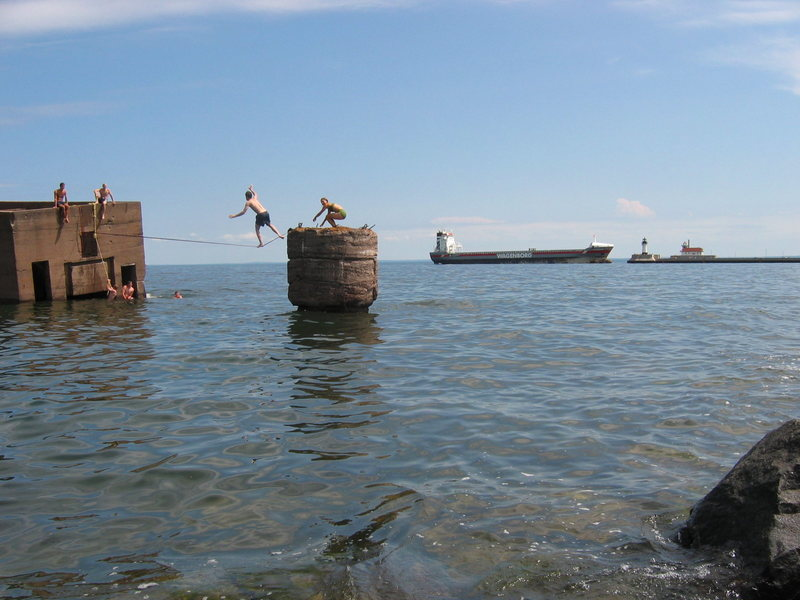 """Josh slacklining the """"Ice Box"""" just off of Canal Park in Duluth, MN."""