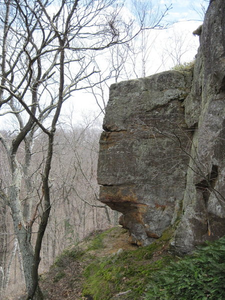 Cool arete, the rock looked ok but dirty.