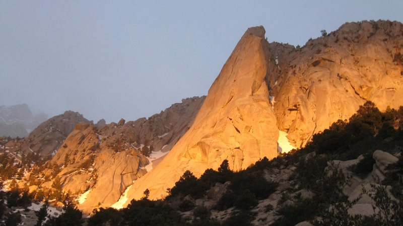 alpenglow on the Bastille Buttress