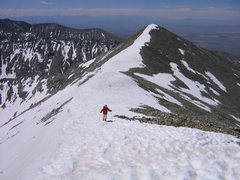 Rock Climbing Photo: Approaching the summit of Twin Peak, Sangre De Cri...