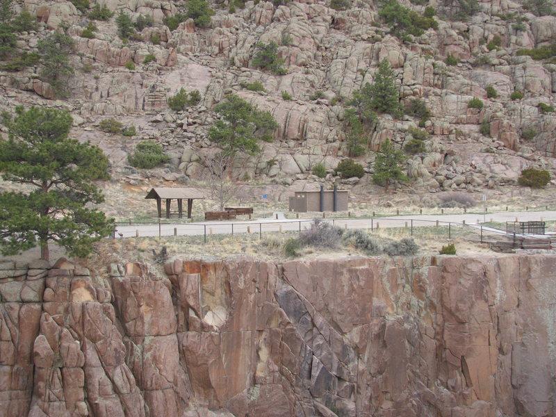 Rock Climbing Photo: Bridge Area parking lot and facilities.