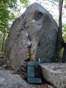 Rock Climbing Photo: The Extensions 3 Boulder.  Crash pad is 3 feet tal...