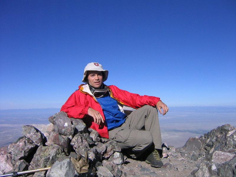Rock Climbing Photo: On Kit Carson.