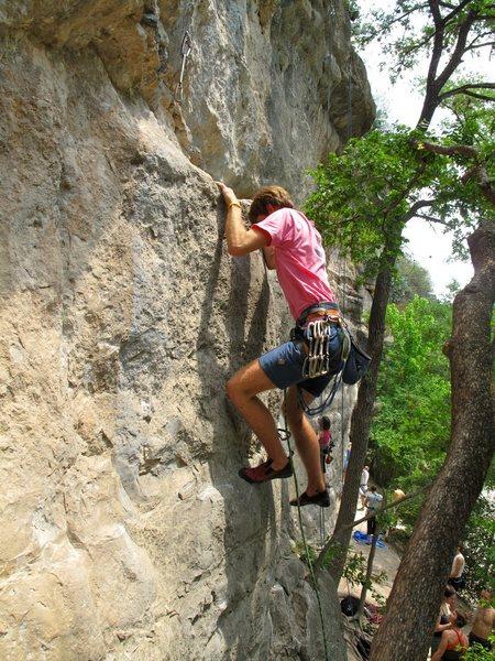 Rock Climbing Photo: Leading Captain Morgan