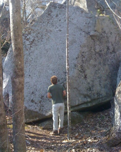 Brett checking out the hardest v1 in the world...
