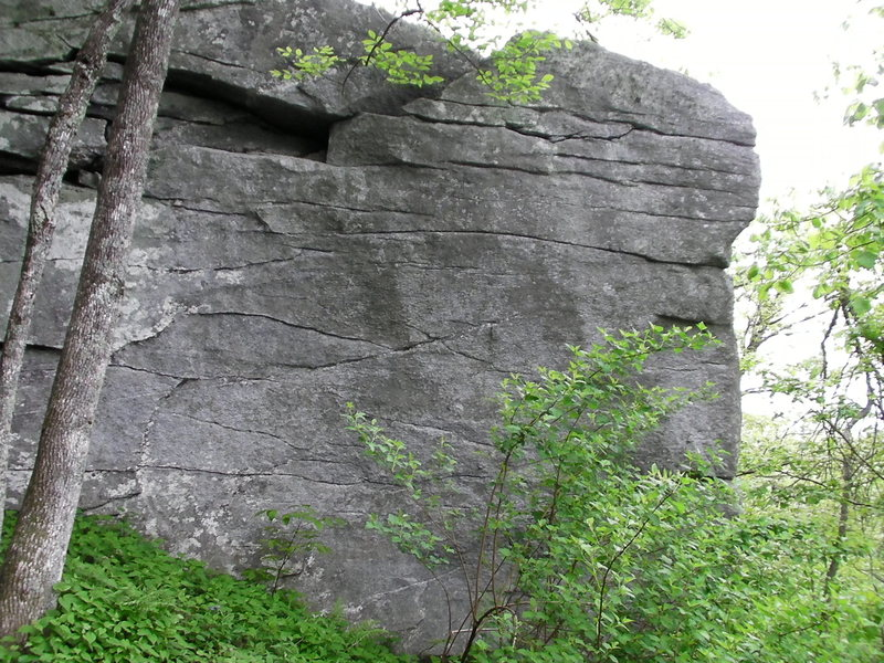 Another problem on the Northside Yonah boulders.