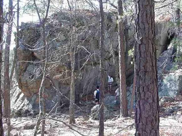 Rock Climbing Photo: Contemplating Jack-knife.