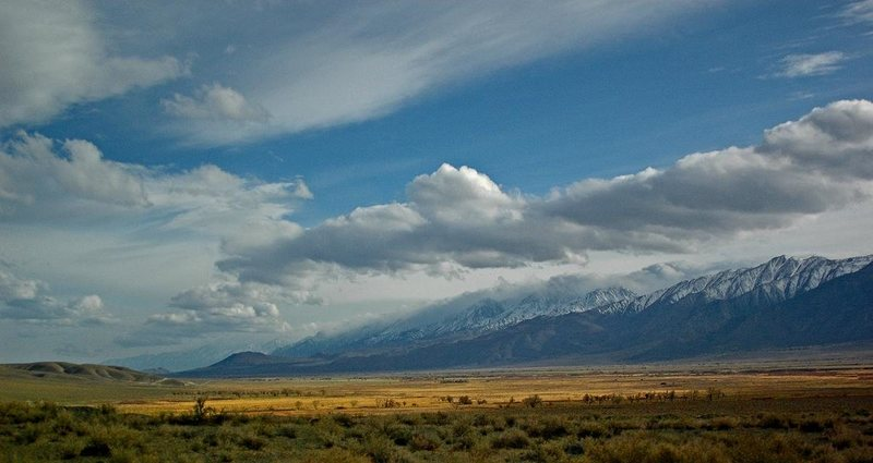 Rock Climbing Photo: Owens Valley and Eastern Sierra from Bishop