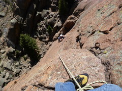 Rock Climbing Photo: Midway across the traverse on pitch two.