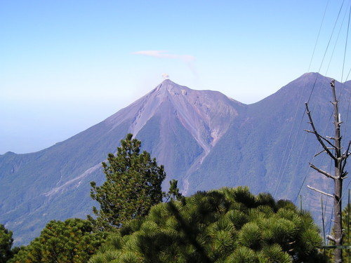 View of Fuego to the left and Acatenango to the right from the trail on Agua.
