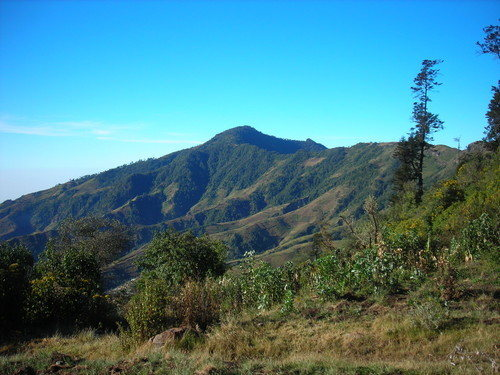 Rock Climbing Photo: Shot of the ridge between the trail head and the p...