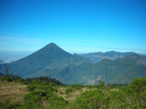 Rock Climbing Photo: Another shot of Santa Maria and Cerro Quemado. You...