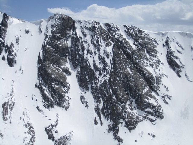 Rock Climbing Photo: The North Gully of Powell Peak and surrounding are...