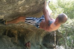 Rock Climbing Photo: Setting the heel hook for the tricky topout.