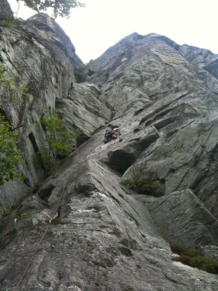 Rock Climbing Photo: Another view of the start of the route. It's bigge...
