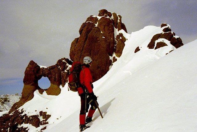 Rock Climbing Photo: Me approaching Teakettle Mountain's famous summit ...