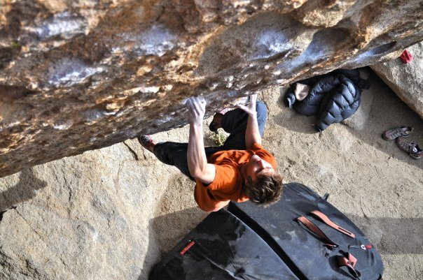 Max Krimmer on The Fall Guy (V9)<br> Buttermilks, Bishop<br> <br> Photo: Elizabeth Michaels