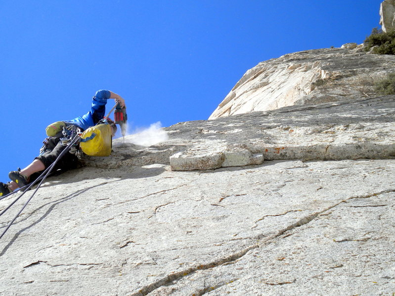 Austin Archer drilling on lead, pitch 3 of Three Hour Arete (5.10c)
