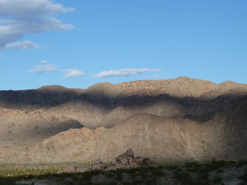 Nice lighting on the hills above Rattlesnake Canyon, Joshua Tree NP