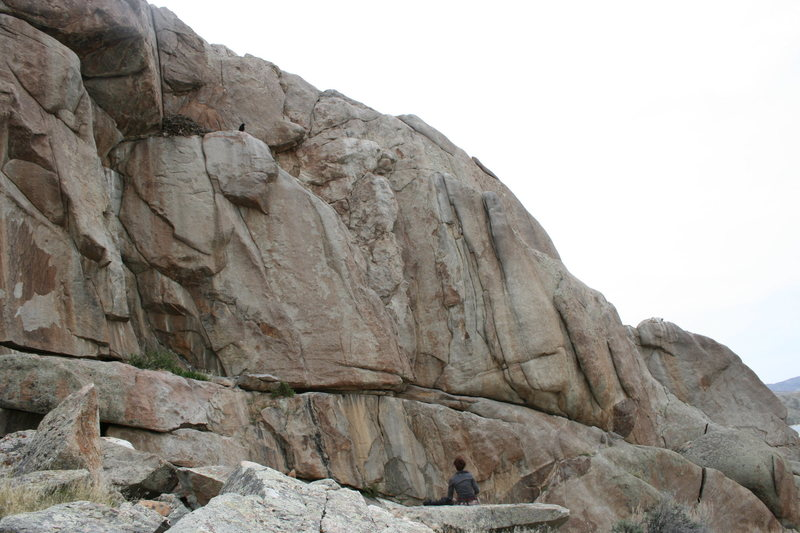Rock Climbing Photo: Routes to the right of Raptor Roof
