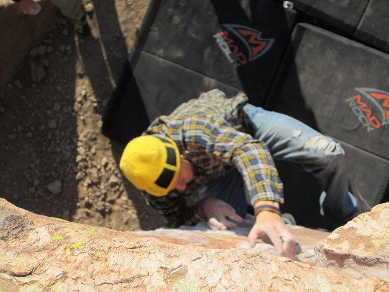 Rock Climbing Photo: Right Eliminator V4