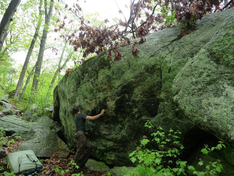 blackface on humpty dumpty boulder, trapps area.