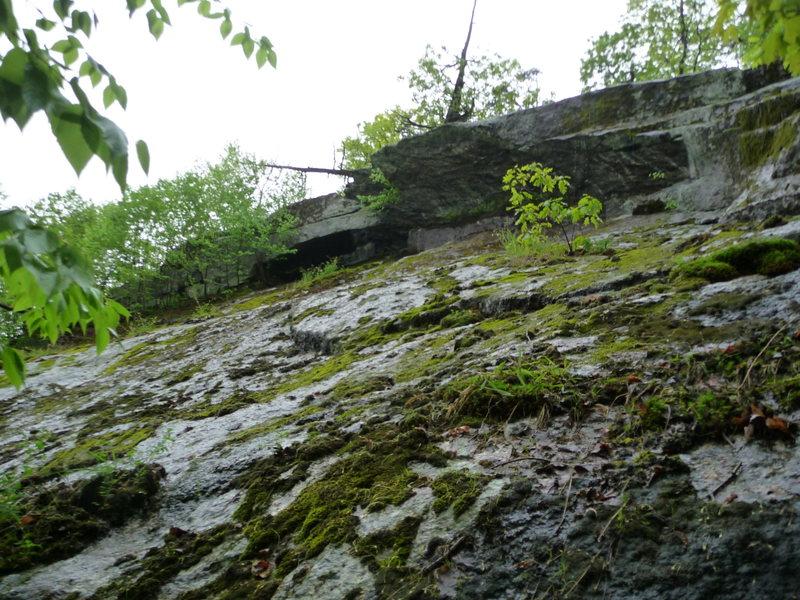 Rock Climbing Photo: headwall overhang and adjacent boulder. BE Careful...