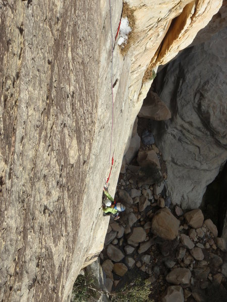 The traverse near the start of pitch 1