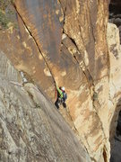 Rock Climbing Photo: Pitch 1 twin cracks past the roof