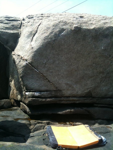 Rock Climbing Photo: This is the face along the right side of the parki...