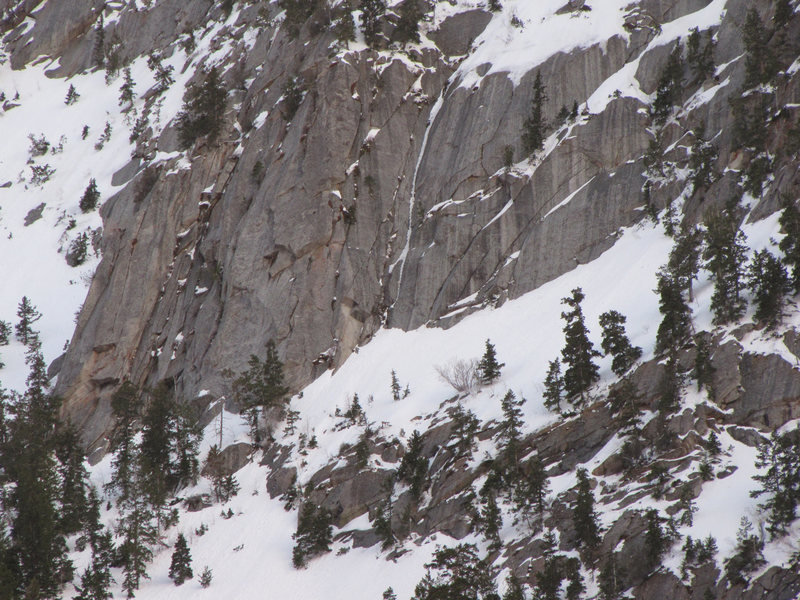 Rock Climbing Photo: A late in the season photo with some of the ice hi...