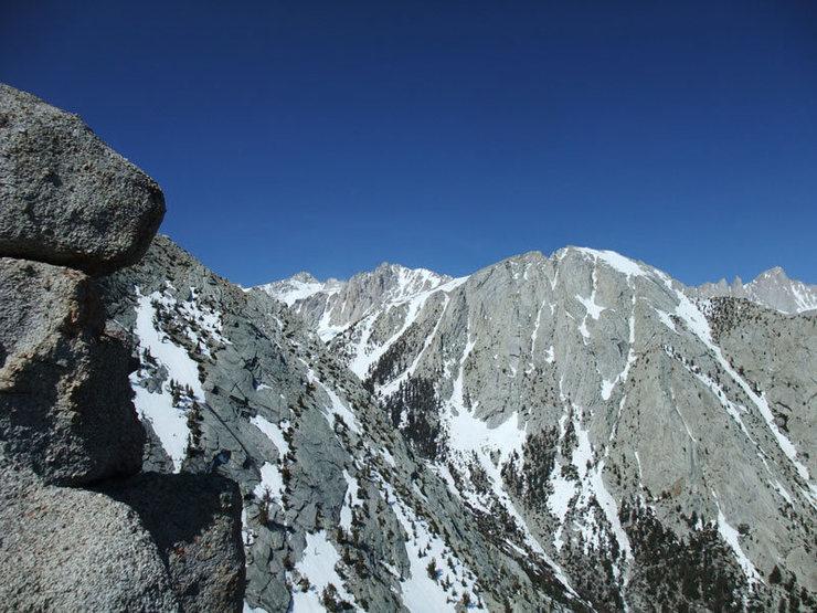 Rock Climbing Photo: Keeler Needles & Whitney peeping over the right-ha...