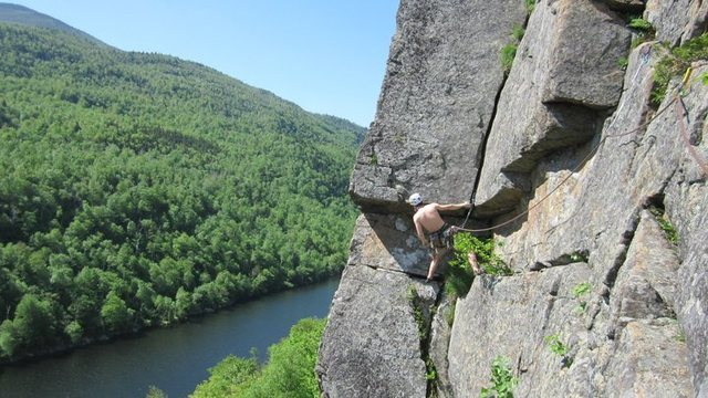 Rock Climbing Photo: me on the EL gettn my sunburn on WOOO!