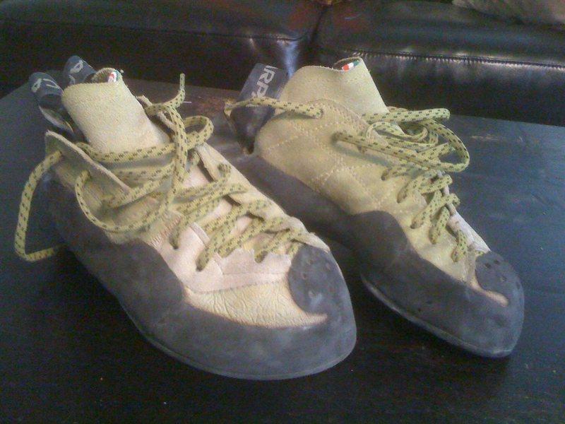scarpa mago, size 40 (us 8.5)
