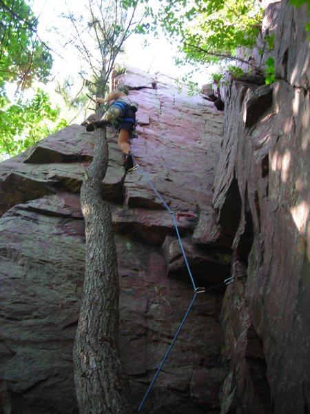 Rock Climbing Photo: Leading King's Corner on-sight.  I cheated and put...