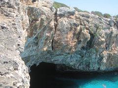 Rock Climbing Photo: Cova