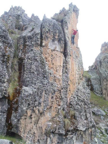 Rock Climbing Photo: Fett close to crux