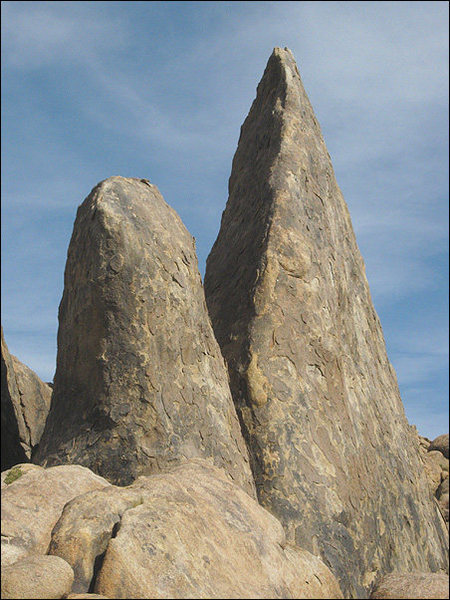 Some random spires at Alabama Hills.<br> Photo by Blitzo.