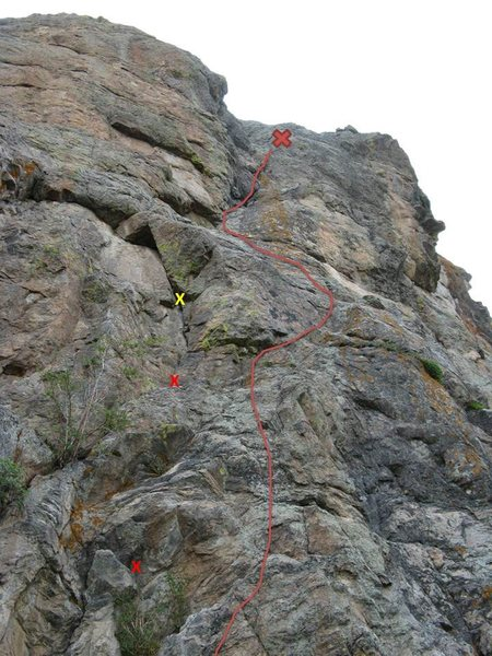 The line I chose. Small red Xs are gear placements, yellow X is fixed cam. Top X is belay (look for old rusty pin/ring).